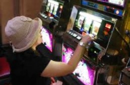 Mosciano. Approvati sconti alla Tari per i locali che toglieranno le slot machine