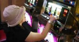 Matera: incontro su gioco d'azzardo tra donne ed anziani