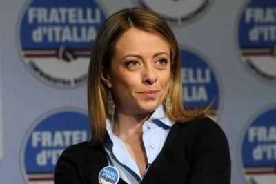 """Meloni (Fdi): """"Renzi per finanziare gli 80 euro in busta paga, tassi le slot machine anziché agricoltura e partite Iva"""""""