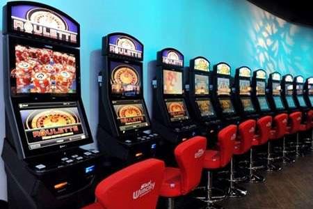 """De Bertoldi (FdI): """"Governo intervenga a tutela dell'occupazione del settore giochi"""""""