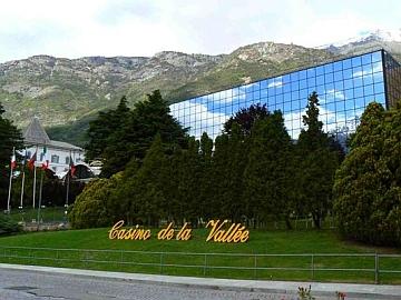 Mancato versamento di ritenute di imposta: il Gip di Aosta sequestra i beni del casinò di Saint Vincent
