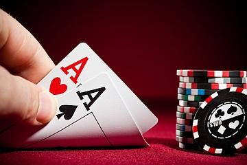Liquidità condivisa nel poker: inammissibile l'odg Cortelazzo