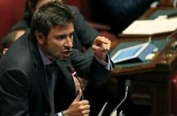 """Di Battista (M5S): """"Tassare le slot machine per garantire il reddito di cittadinanza"""""""