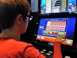 """Progetto Milano No Slot Educa e Forma. Brodoloni (Ass Cuore e Parole): """"Il nostro percorso fa capire ai ragazzi che l'azzardo non è un gioco"""""""