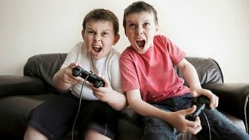 """Casero (Sc): """"Intervenire su vendita videogiochi violenti ai minori"""""""