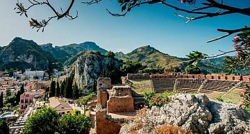 """Casinò di Taormina. Il sindaco Giardina incontra il sott.segr. Baretta: """"Garantito impegno a lavorare sulla possibile riapertura della casa da gioco attraverso la legge delega"""""""