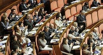 """Ok del Senato alla Legge europea. Fattori (M5S): """"Ignobile inserimento articolo sul gioco online"""""""