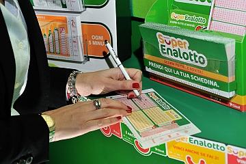 Superenalotto bacia Pontinia (Lt) con una vincita da 114mila euro