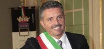 """Cesena. Il sindaco Lucchi: """"Aumenteranno i controlli, metà degli esercizi con le slot non rispettano gli orari"""""""