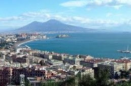 Napoli. La polizia scopre sala giochi abusiva, sequestrate 7 slot
