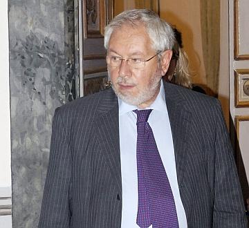 Baretta pronto a presentare emendamento per la riduzione del 30% delle slot