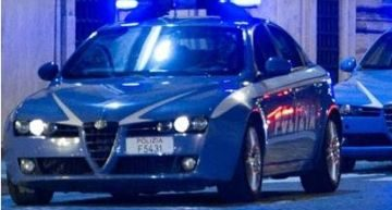 Ponticelli (NA). Individuata dalla polizia sala scommesse clandestina, tre denunciati