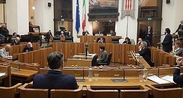 Bilancio Regione Umbria: ok a riduzione Irap per gli esercizi commerciali privi di slot
