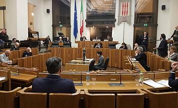 Umbria: ok a legge su editoria che esclude dai finanziamenti chi veicola contenuti legati al gioco