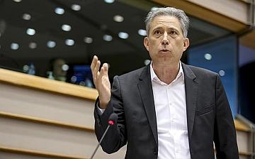 """Ce. Kostas Chrysogonos (Gue): """"Servono nuovi interventi per tutelare giovani e giocatori problematici dal gioco"""""""