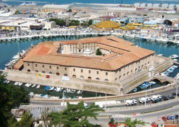 Ancona: la Giunta approva regolamento contro il gioco ma riduce la lista dei luoghi sensibili