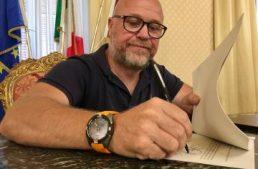 Livorno. Il sindaco Nogarin propone una nuova ordinanza, ridotti gli orari di gioco