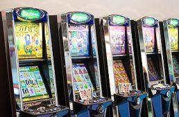 Cagliari: multa di 60mila euro a circolo ricreativo per tre slot machine irregolari