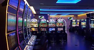 Casinò Campione d'Italia: due vincite alle slot machine