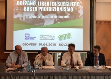 """Bolzano. I Tabaccai: """"Liberi di scegliere: basta proibizionismo"""""""