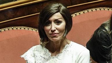 """Decretone. Bernini (Fi): """"Previsto piano di contrasto al gioco illegale. Ma quando?"""""""