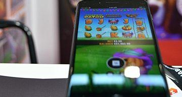 Divertirsi con il gioco online mobile ovunque e responsabilmente
