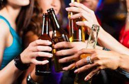 Alcol: 800mila minorenni a rischio, ma la politica preferisce la battaglia al gioco d'azzardo