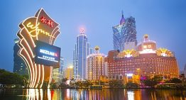 Macao, ridotte della metà le previsioni delle entrate lorde dal settore del gioco