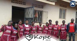 Novomatic: cellulari usati donati per aiutare le mamme dell'Uganda